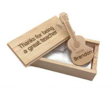 Laser Engraved Guitar USB 16G in Box